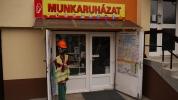 Munkaruházati üzlet